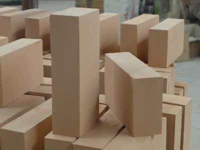 refractory insulating bricks