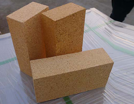 Fireclay refractory brick manufacture